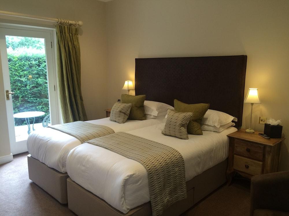 더 라이벡 컨트리 하우스 & 레스토랑(The Ryebeck Country House & Restaurant) Hotel Image 5 - Guestroom