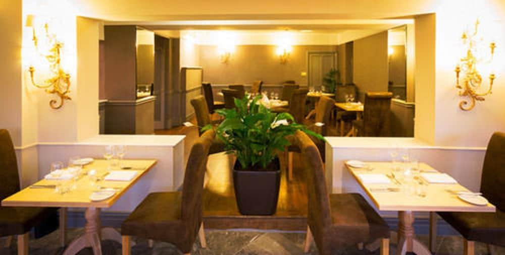 더 라이벡 컨트리 하우스 & 레스토랑(The Ryebeck Country House & Restaurant) Hotel Image 37 - Restaurant