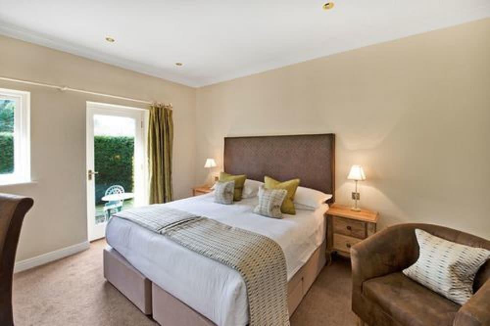 더 라이벡 컨트리 하우스 & 레스토랑(The Ryebeck Country House & Restaurant) Hotel Image 9 - Guestroom