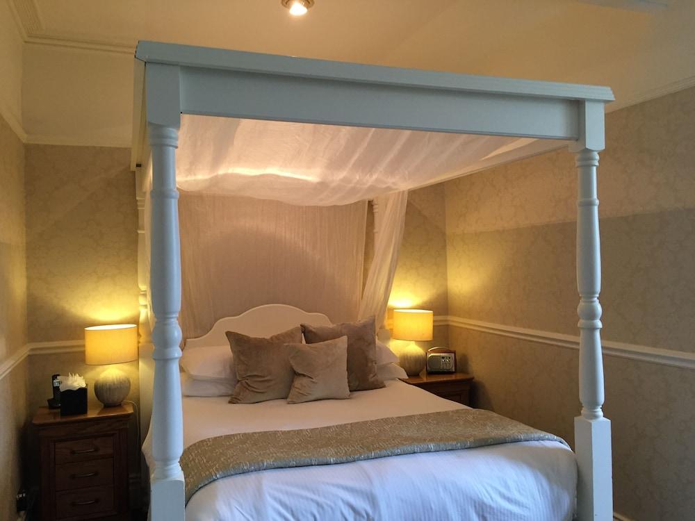더 라이벡 컨트리 하우스 & 레스토랑(The Ryebeck Country House & Restaurant) Hotel Image 3 - Guestroom