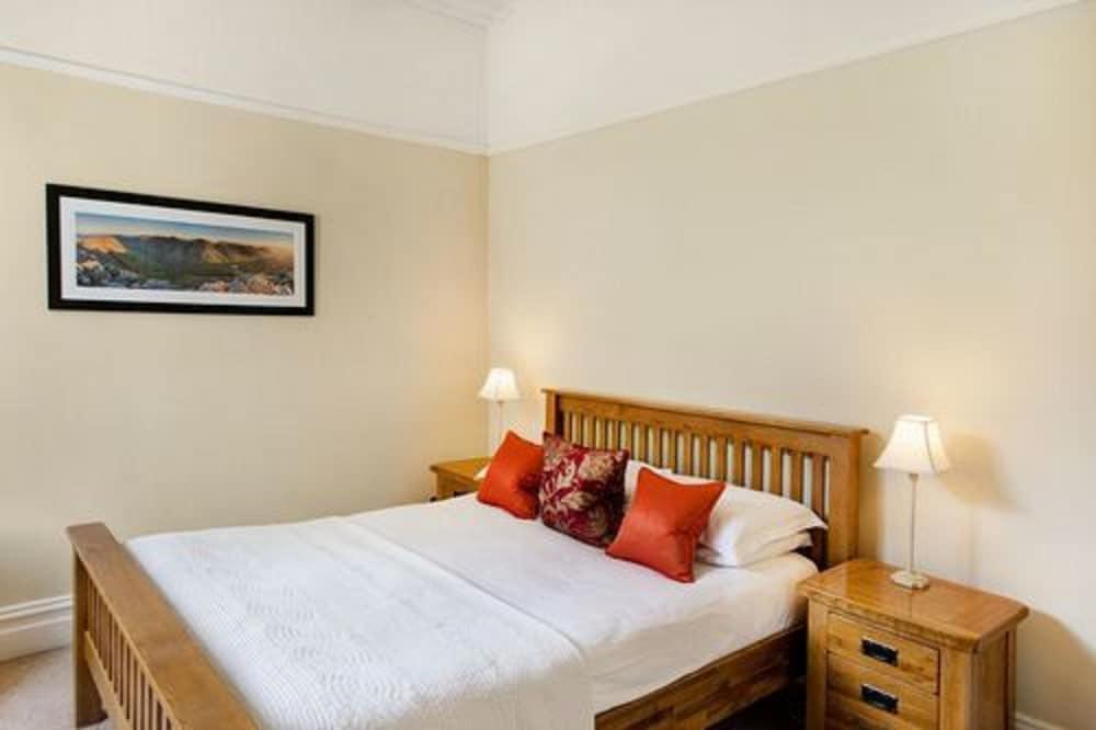 더 라이벡 컨트리 하우스 & 레스토랑(The Ryebeck Country House & Restaurant) Hotel Image 18 - Guestroom
