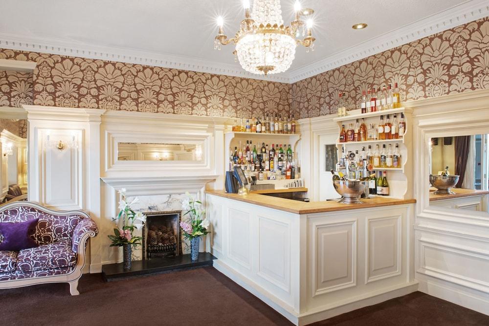 더 라이벡 컨트리 하우스 & 레스토랑(The Ryebeck Country House & Restaurant) Hotel Image 45 - Hotel Bar
