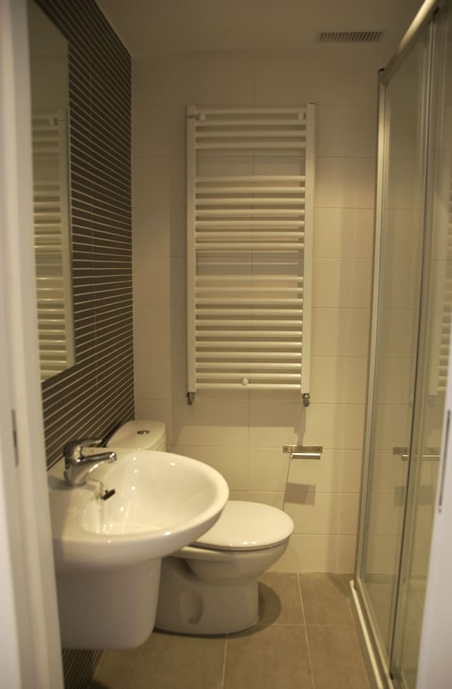 호스텔 소리아(Hostel Soria) Hotel Image 24 - Bathroom