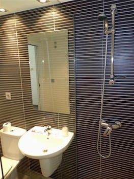 호스텔 소리아(Hostel Soria) Hotel Image 26 - Bathroom
