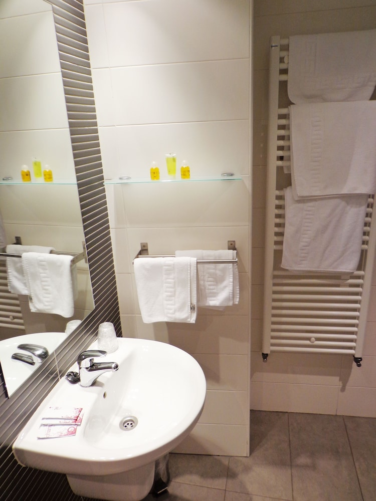 호스텔 소리아(Hostel Soria) Hotel Image 25 - Bathroom
