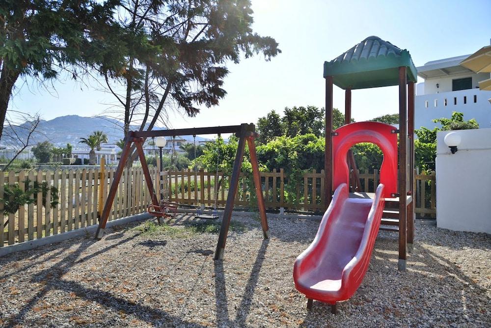 아스티르 오브 낙소스(Astir of Naxos) Hotel Image 33 - Childrens Play Area - Outdoor