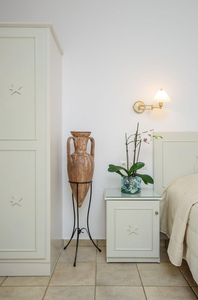 아스티르 오브 낙소스(Astir of Naxos) Hotel Image 16 - Guestroom