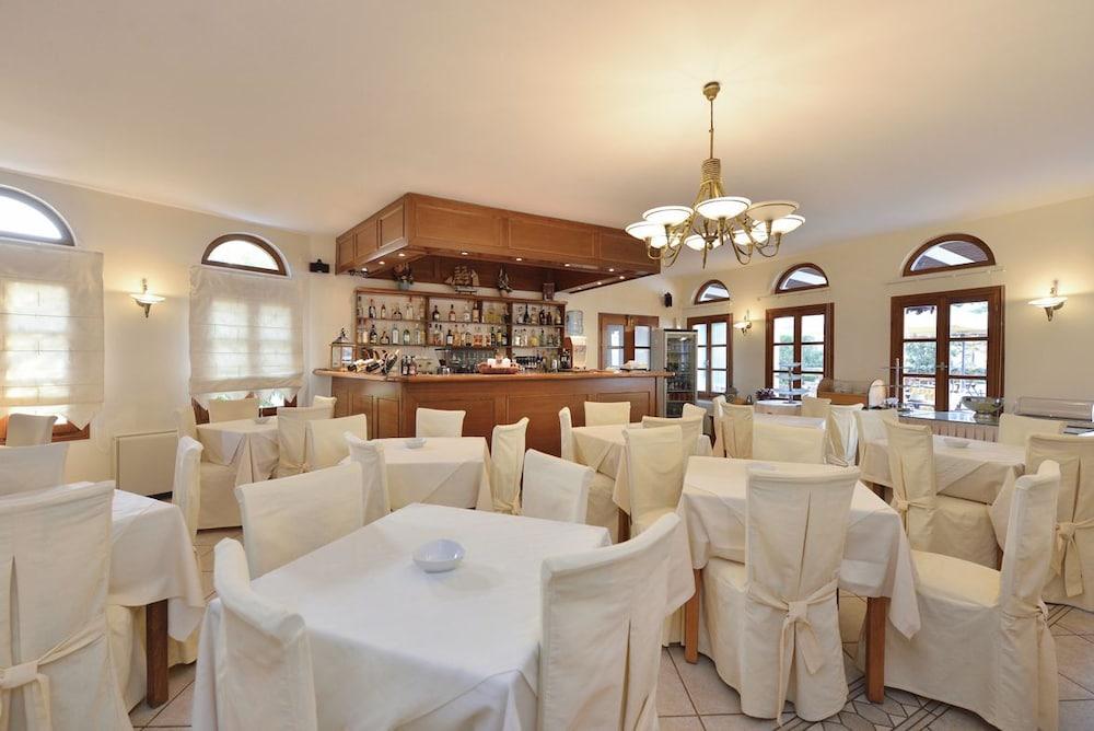 아스티르 오브 낙소스(Astir of Naxos) Hotel Image 37 - Dining