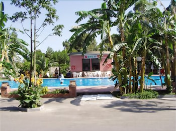 빌라지오 알칸타라(Villaggio Alkantara) Hotel Image 12 - Outdoor Pool