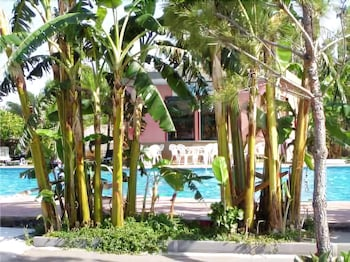 빌라지오 알칸타라(Villaggio Alkantara) Hotel Image 11 - Outdoor Pool