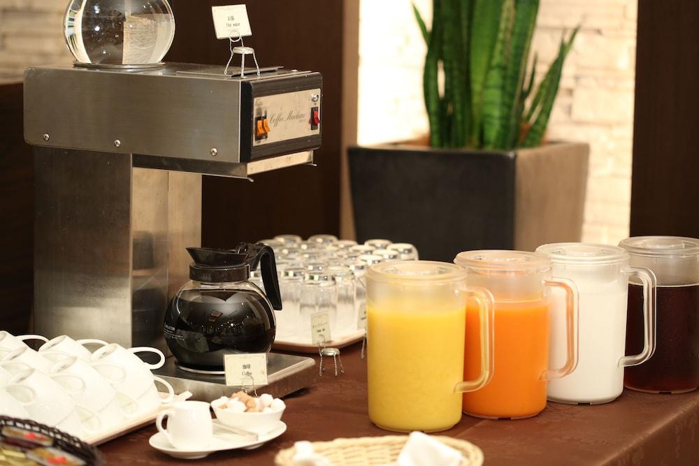 라구나 스위트 호텔 & 웨딩 나고야(Laguna Suite Hotel & Wedding Nagoya) Hotel Image 52 - Food and Drink