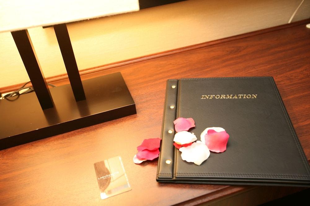 라구나 스위트 호텔 & 웨딩 나고야(Laguna Suite Hotel & Wedding Nagoya) Hotel Image 63 - Interior Detail