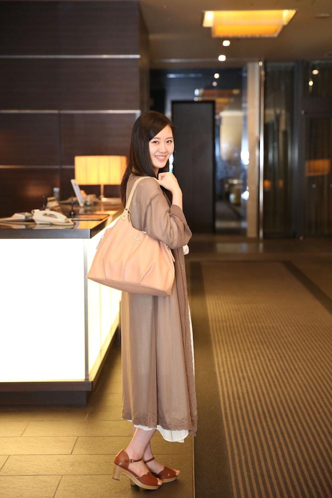 라구나 스위트 호텔 & 웨딩 나고야(Laguna Suite Hotel & Wedding Nagoya) Hotel Image 1 - Lobby