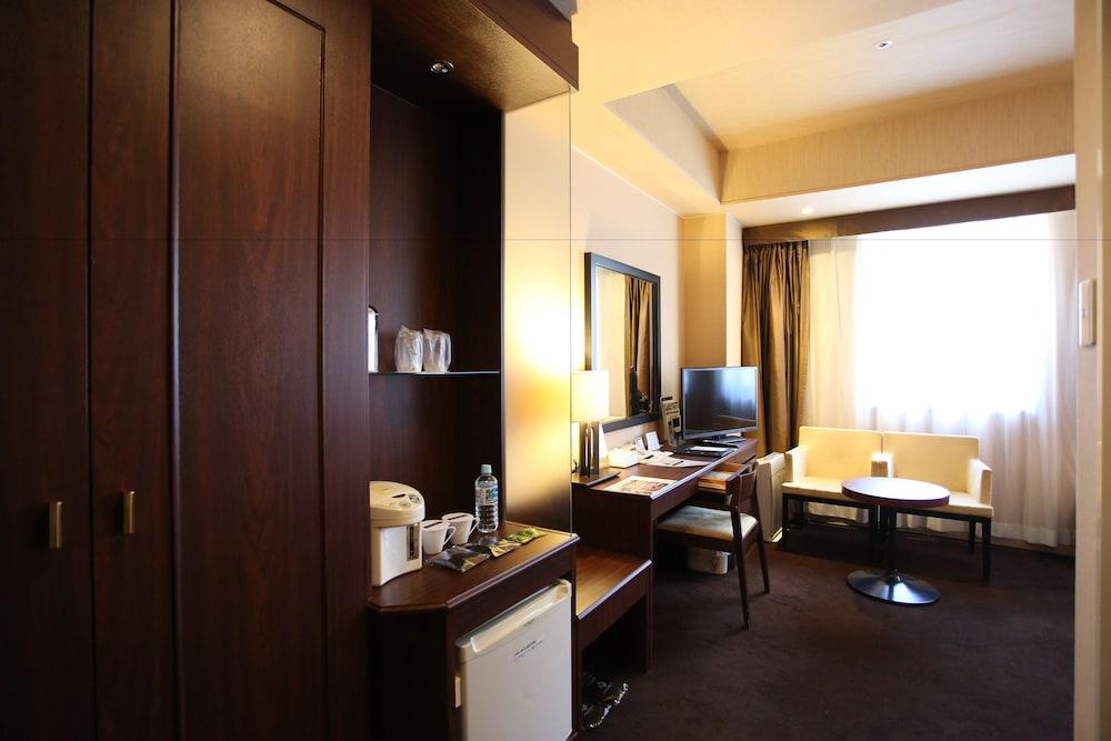 라구나 스위트 호텔 & 웨딩 나고야(Laguna Suite Hotel & Wedding Nagoya) Hotel Image 33 - Guestroom
