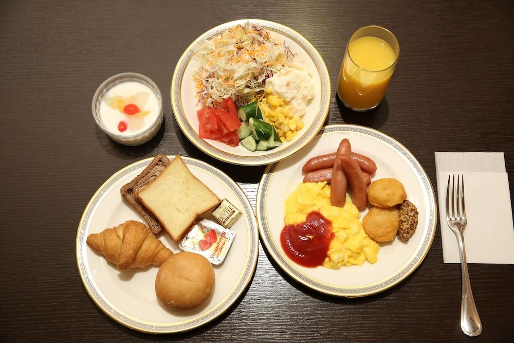 라구나 스위트 호텔 & 웨딩 나고야(Laguna Suite Hotel & Wedding Nagoya) Hotel Image 56 - Food and Drink