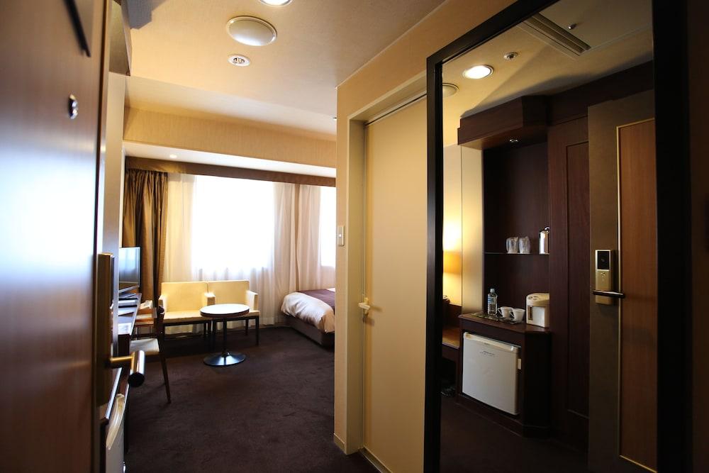 라구나 스위트 호텔 & 웨딩 나고야(Laguna Suite Hotel & Wedding Nagoya) Hotel Image 30 - Guestroom