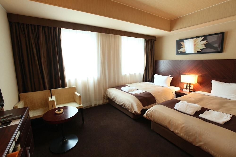 라구나 스위트 호텔 & 웨딩 나고야(Laguna Suite Hotel & Wedding Nagoya) Hotel Image 0 - Featured Image