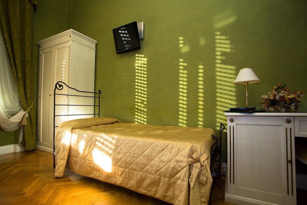 호텔 젠나리노(Hotel Gennarino) Hotel Image 36 - Guestroom