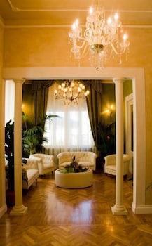 호텔 젠나리노(Hotel Gennarino) Hotel Image 3 - Lobby Sitting Area