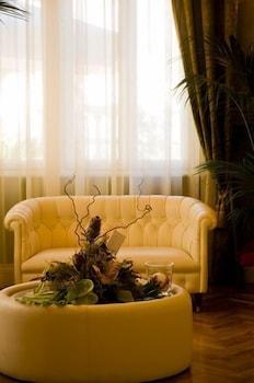 호텔 젠나리노(Hotel Gennarino) Hotel Image 2 - Lobby Sitting Area