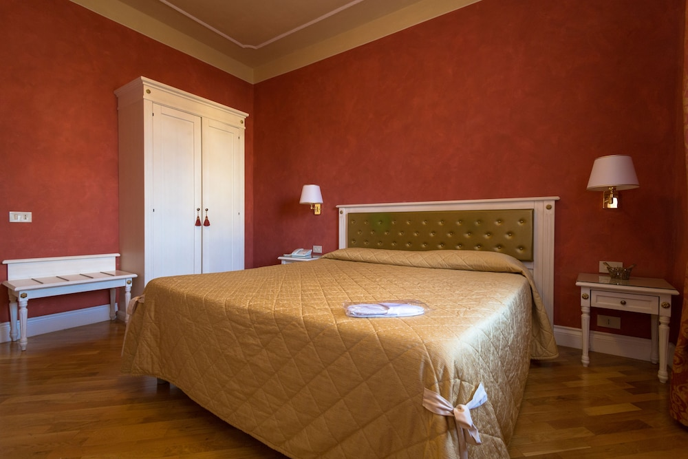 호텔 젠나리노(Hotel Gennarino) Hotel Image 39 - Guestroom