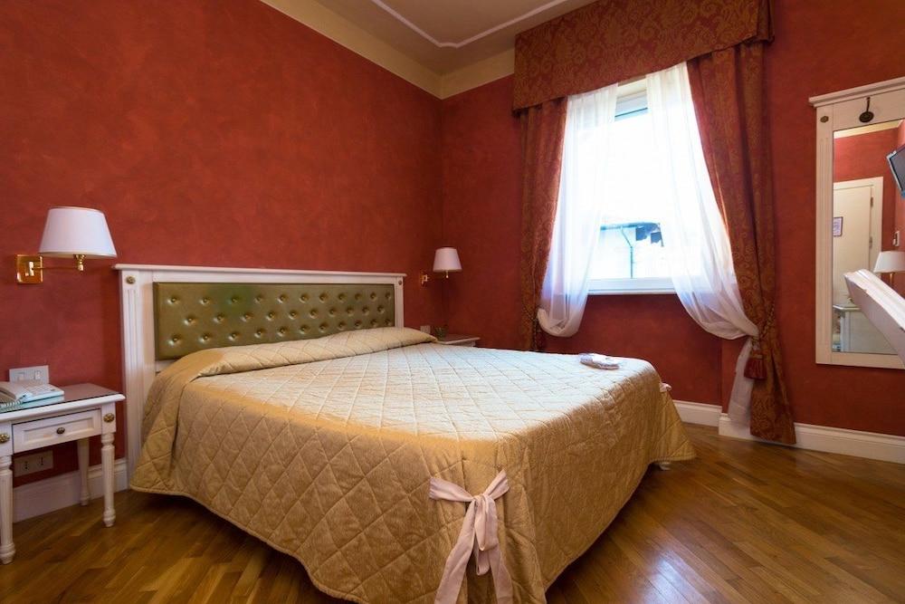 호텔 젠나리노(Hotel Gennarino) Hotel Image 28 - Guestroom