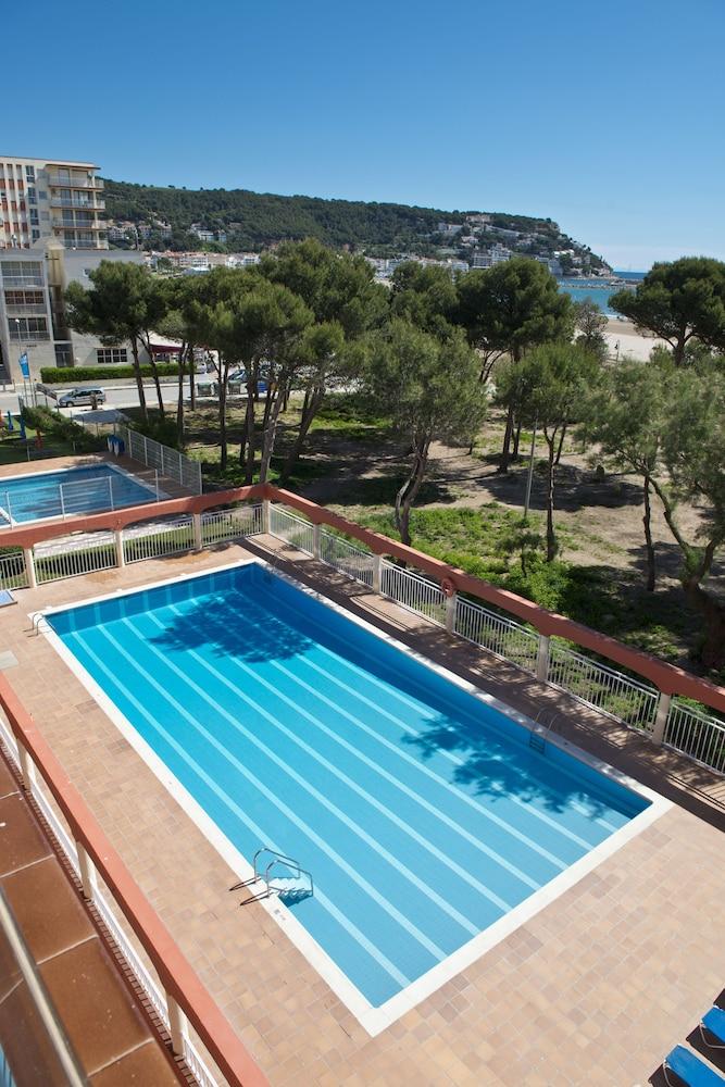 사예스 비치(Sallés Beach) Hotel Image 15 - Outdoor Pool