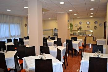 호텔 프리마베라(Hotel Primavera) Hotel Image 23 - Restaurant