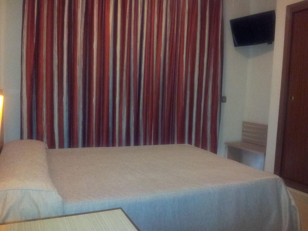 호텔 프리마베라(Hotel Primavera) Hotel Image 8 - Guestroom
