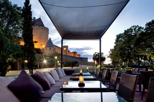 __{offers.Best_flights}__ Hôtel du Château & Spa Gemology