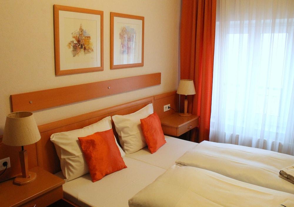 ホテル ヴァイデンホフ