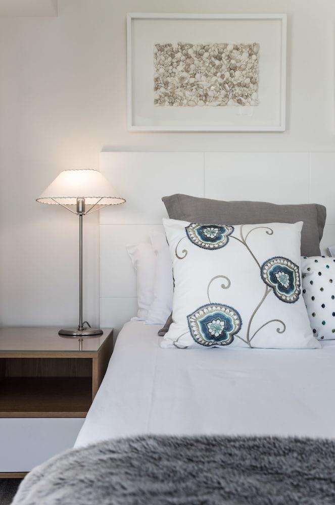 누사 퍼시픽 리조트(Noosa Pacific Resort) Hotel Image 9 - Guestroom