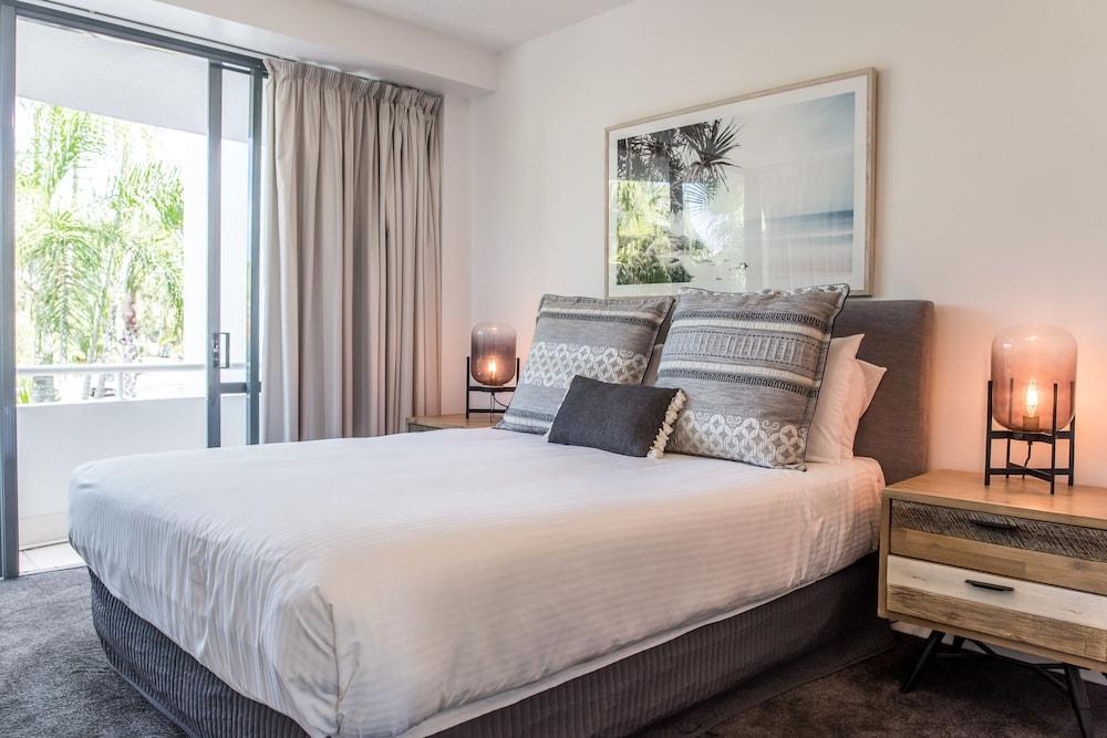 누사 퍼시픽 리조트(Noosa Pacific Resort) Hotel Image 10 - Guestroom