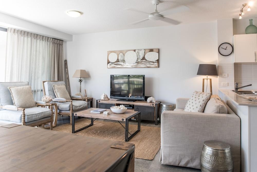 누사 퍼시픽 리조트(Noosa Pacific Resort) Hotel Image 42 - Living Area