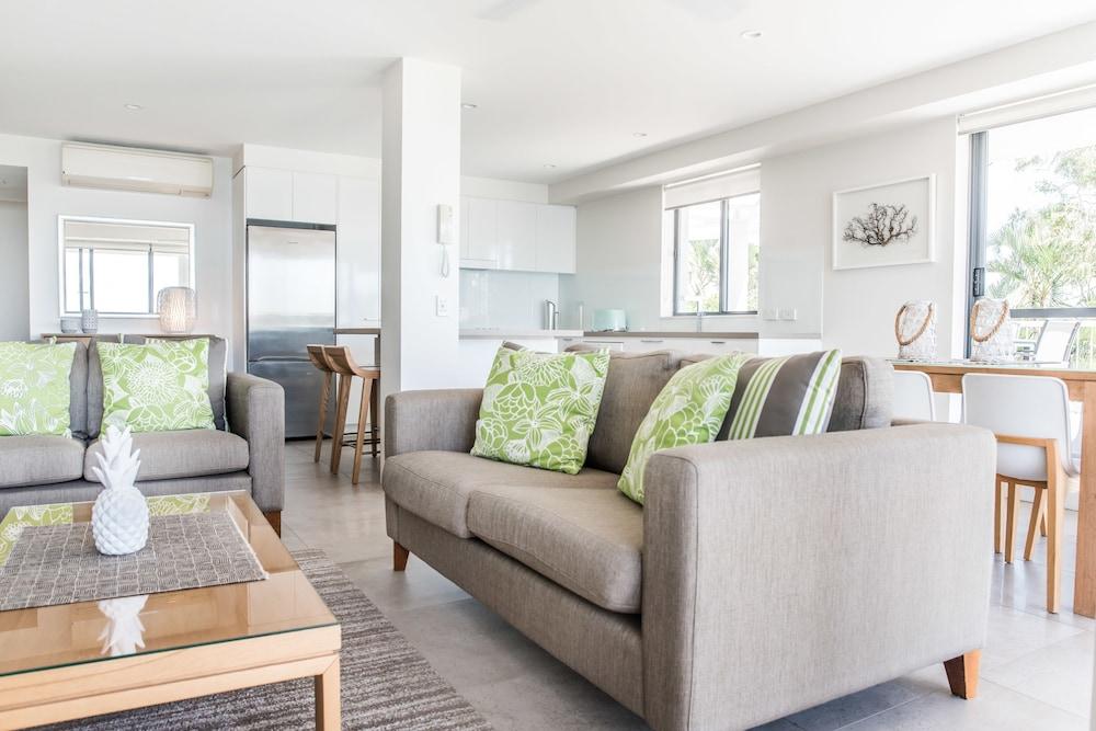 누사 퍼시픽 리조트(Noosa Pacific Resort) Hotel Image 51 - Living Area