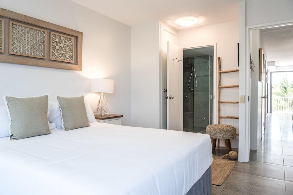 누사 퍼시픽 리조트(Noosa Pacific Resort) Hotel Image 23 - Guestroom