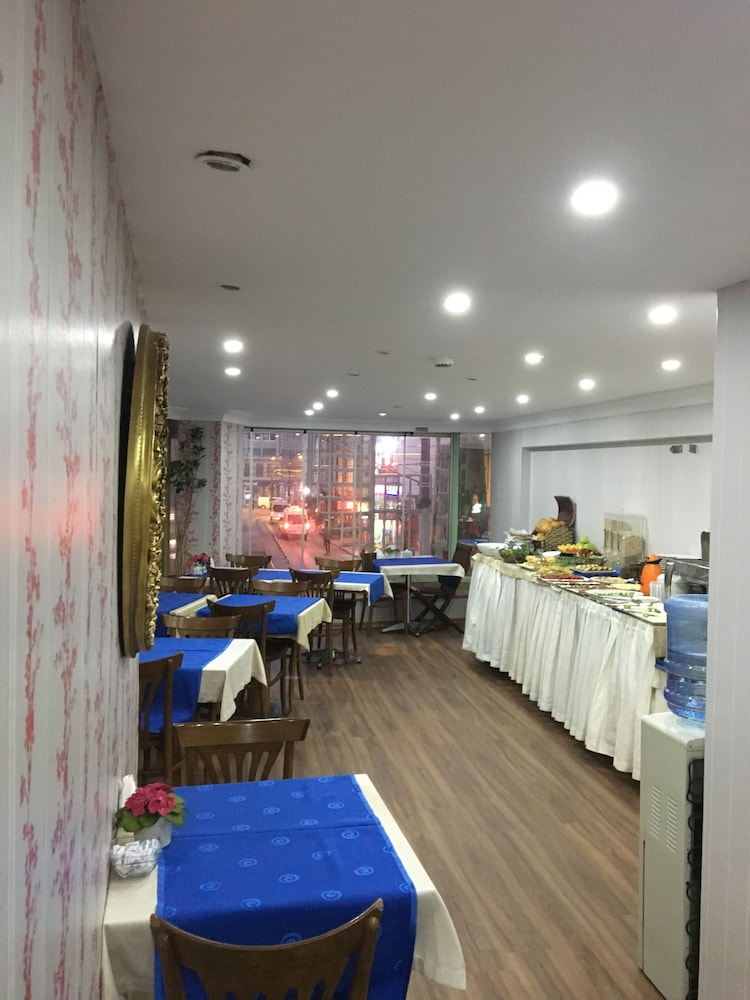 더 럭스 부티크 호텔(The Luxx Boutique Hotel) Hotel Image 23 - Restaurant