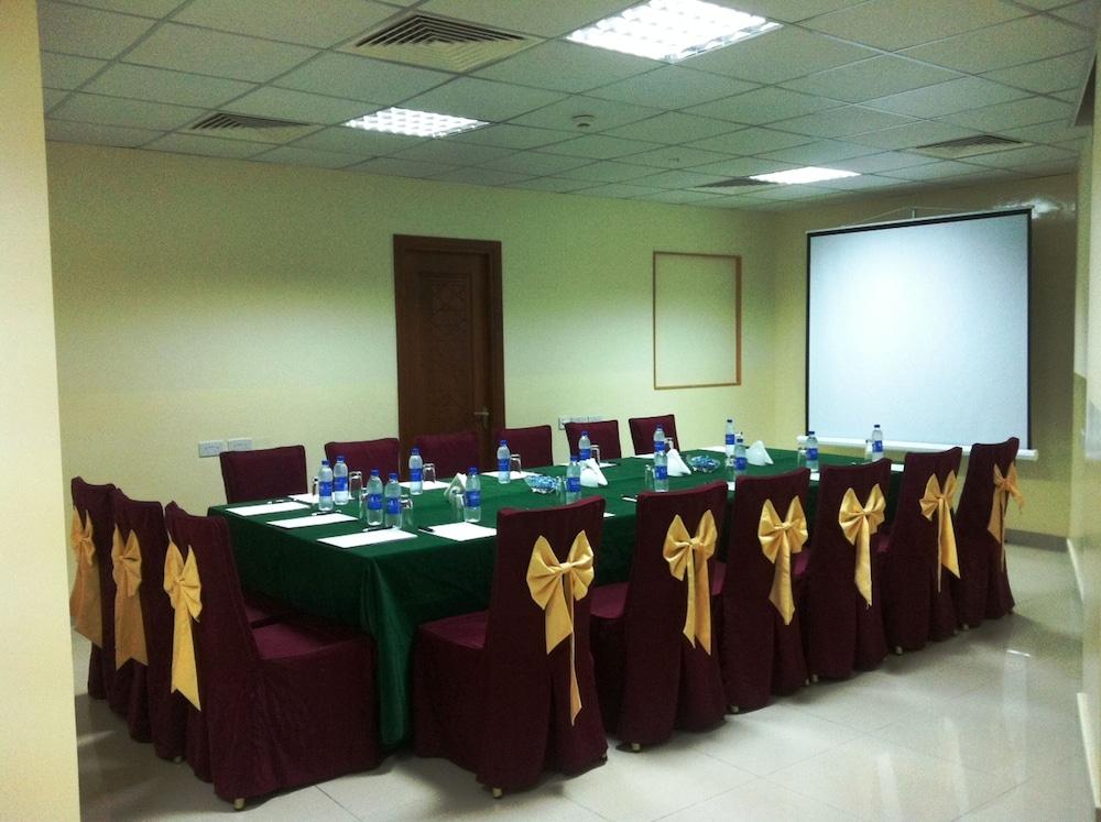플래티넘 호텔(Platinum Hotel) Hotel Image 40 - Meeting Facility