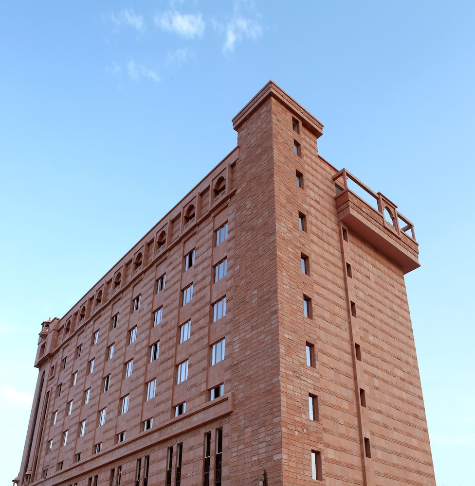 플래티넘 호텔(Platinum Hotel) Hotel Image 3 - Exterior
