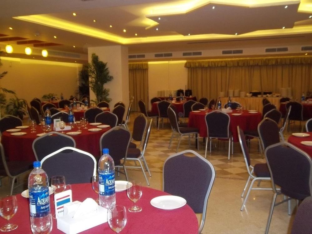 플래티넘 호텔(Platinum Hotel) Hotel Image 39 - Banquet Hall