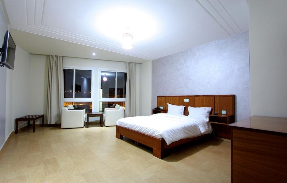 호텔 라 페를라(Hotel La Perla) Hotel Image 11 - Guestroom