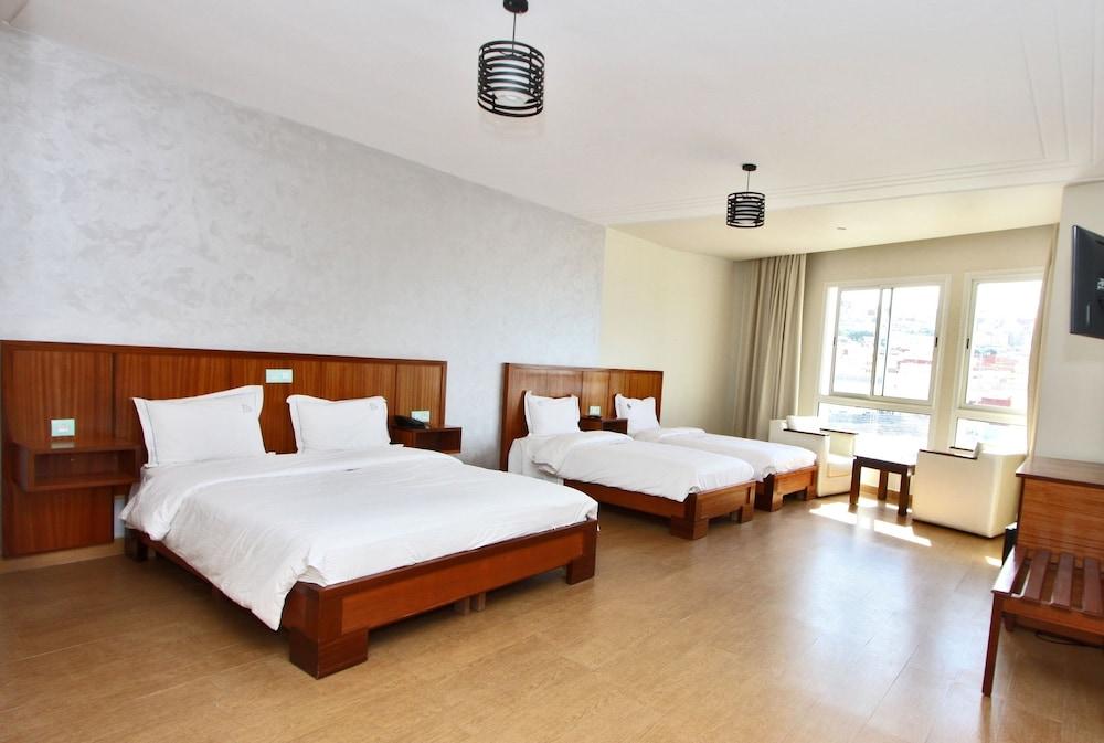 호텔 라 페를라(Hotel La Perla) Hotel Image 15 - Guestroom