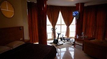호텔 라 페를라(Hotel La Perla) Hotel Image 5 - Guestroom