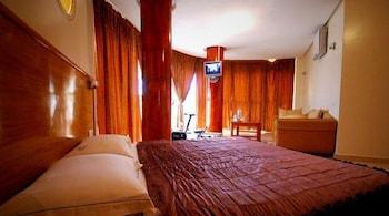 호텔 라 페를라(Hotel La Perla) Hotel Image 7 - Guestroom