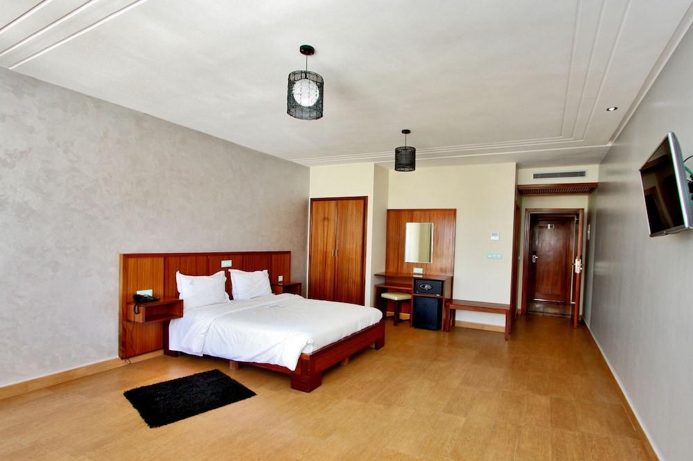 호텔 라 페를라(Hotel La Perla) Hotel Image 10 - Guestroom