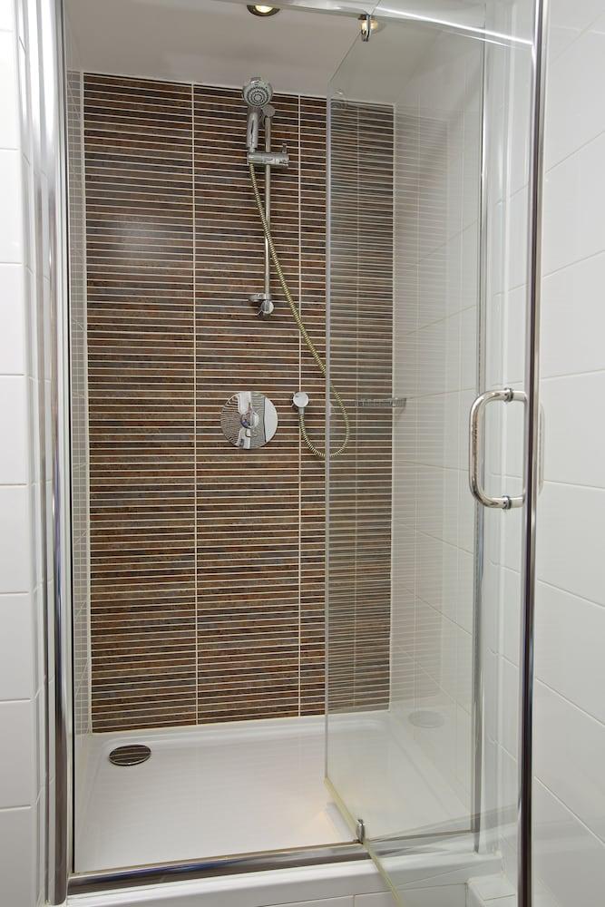 다팅턴 홀 호텔(Dartington Hall Hotel) Hotel Image 33 - Bathroom