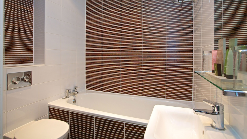 다팅턴 홀 호텔(Dartington Hall Hotel) Hotel Image 41 - Bathroom