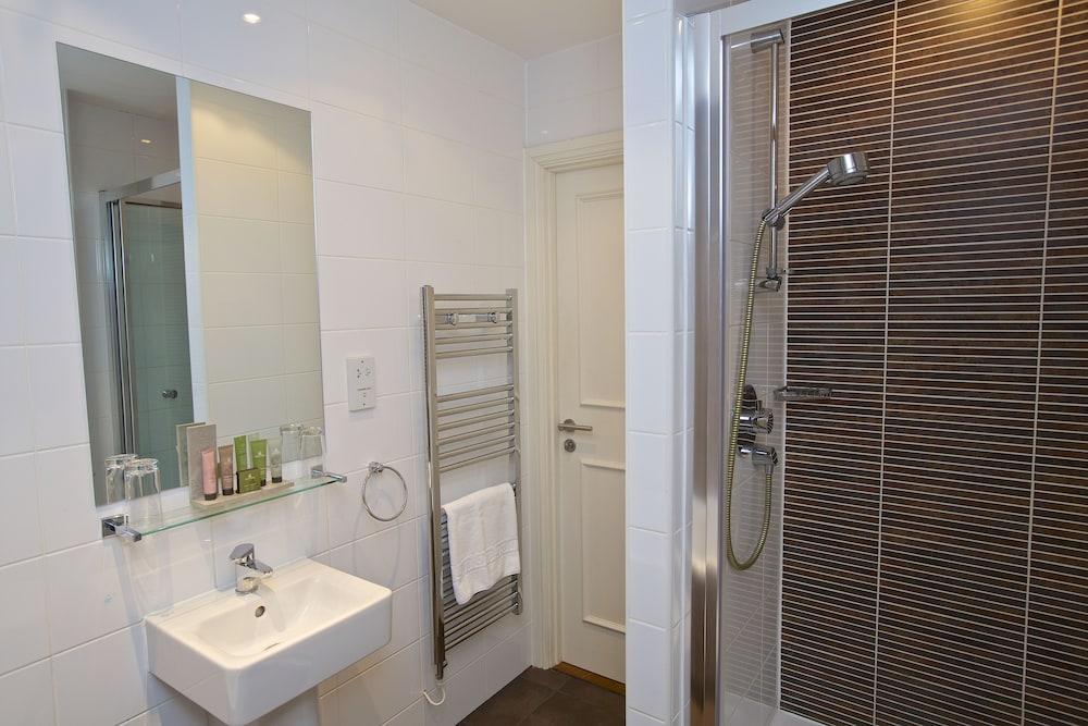 다팅턴 홀 호텔(Dartington Hall Hotel) Hotel Image 39 - Bathroom