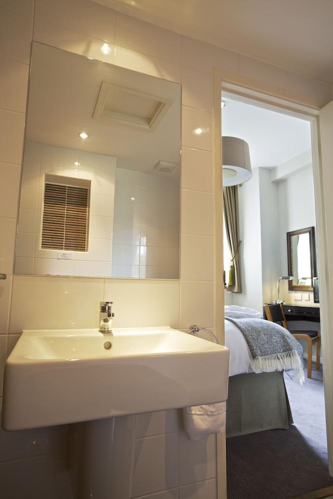 다팅턴 홀 호텔(Dartington Hall Hotel) Hotel Image 35 - Bathroom