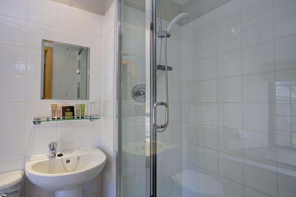 다팅턴 홀 호텔(Dartington Hall Hotel) Hotel Image 36 - Bathroom
